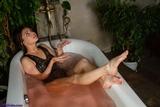 SS0562S: Cheryl's herbal bath barefoot