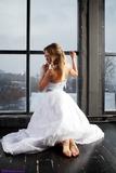 SS0475S: Delta barefoot bride