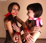 Ekaterina, Jessica: Playful Bondage Games