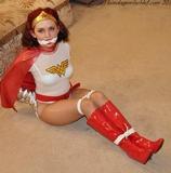 Super Heroine Escape