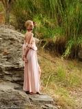 RE1083: Ariel Opera Diva in the Outback